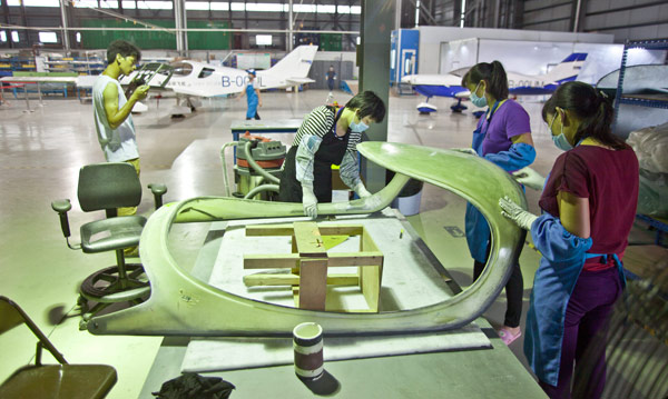 ifly_triton-china-factory_canopy-making-s